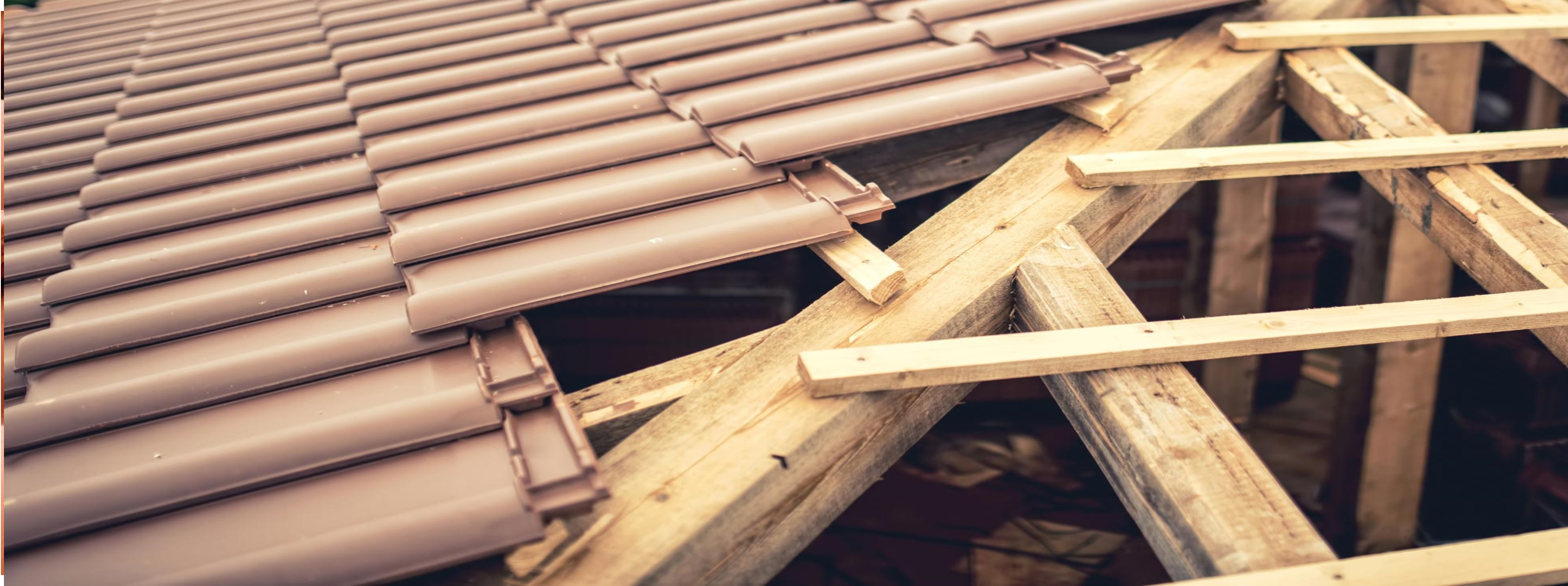 Konstrukcje i poszycia dachowe